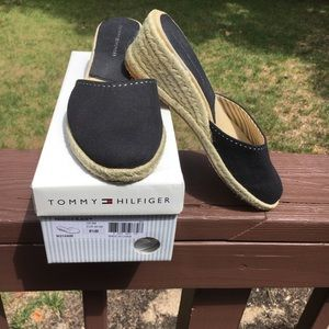 Black Tommy Hilfiger canvas mules